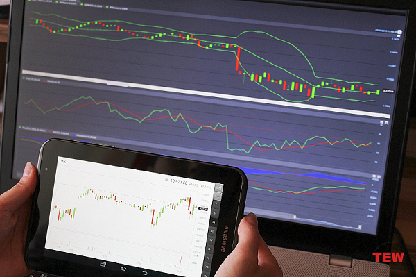 A Beginner's Guide to How Do Online Trading Platforms Work